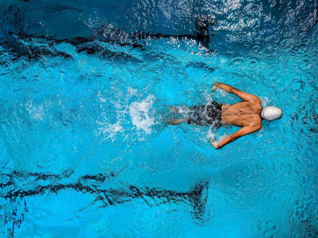Afectiuni ale umarului: sindromul de impingement subacromial // Artro Sport Clinic