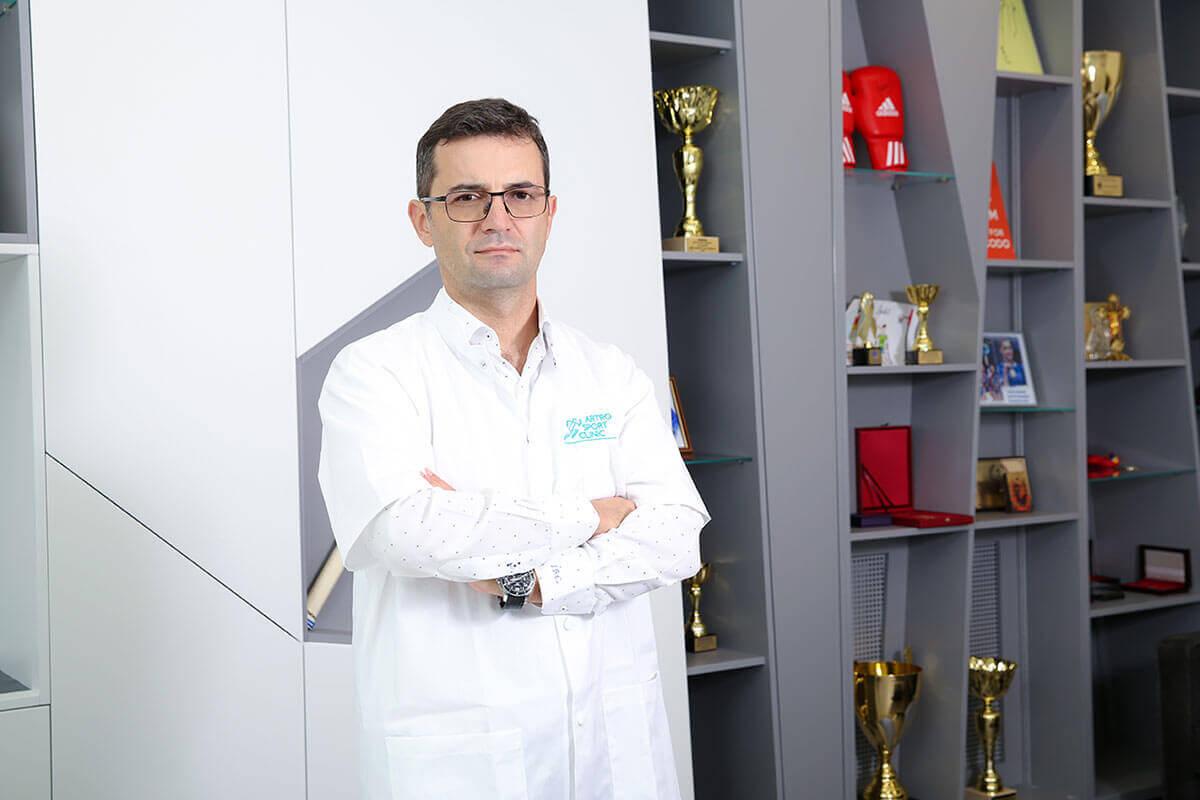 Dr. Ion Bogdan Codorean, medic primar ortopedie si traumatologie sportiva
