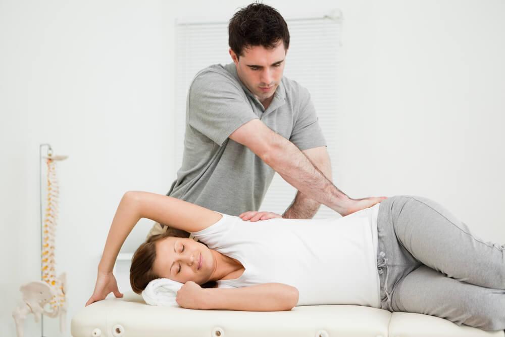Tratarea in cazul durerilor din cauza posturii incorecte // Artro Sport Clinic