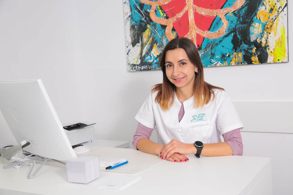 Dr. Gabriela Denisa Marghidanu - medic specialist cardiologie // Artro Sport Clinic