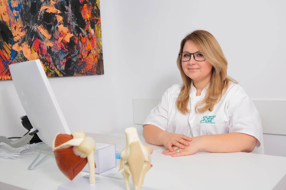 Dr. Speranta Mihaela Peiu - medic specialist ortopedie - traumatologie // Artro Sport Clinic