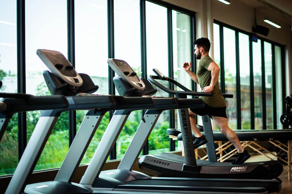 Alimentatia pre si post antrenament // Artro Sport Clinic